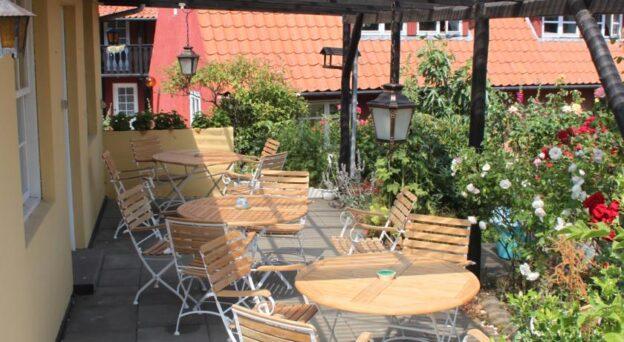 Hotel Bornholm Pension Sandbogaard Landemærket 3 3770 Allinge Bornholm
